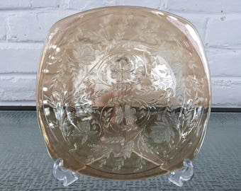 Jeannette Glass Company Floragold Dinner Plates