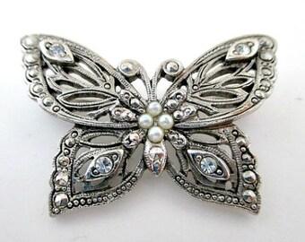Avon Beautiful Butterfly Vintage Pin Brooch - Vintage Avon Jewelry - Butterfly Jewelry Gift