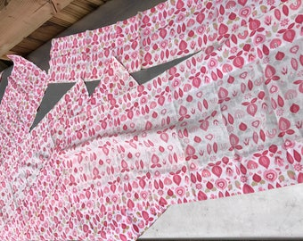 Set of 6 Vintage Well Loved Pink & White Floral Print Feedsack Fabric Curtain Valances