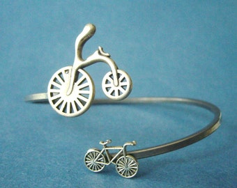 Bicycle bracelet wrap
