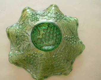 """Vintage 8 1/2"""" Green Fluted Carnival Glass Bowl  ...  Unusual Color"""