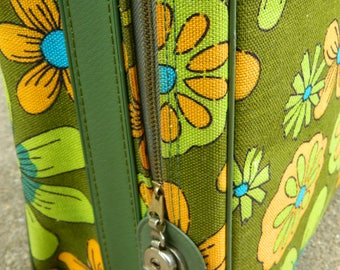 Avocado Flower Power suitcase made in Japan / retro suitcase / hippie suitcase / shabby chic overnight bag