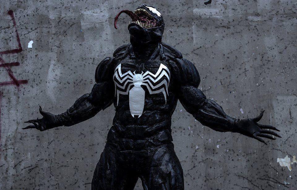 VENENO del músculo traje negro traje de Spiderman