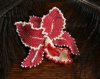 Beaded brooch/barrette, flower brooch, transforming flower, red and white, statement jewelry, hair barrette, hair clip, big flower brooch