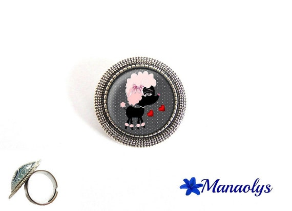 Ring adjustable round silver pendent, humor, dog, 181 glass cabochons