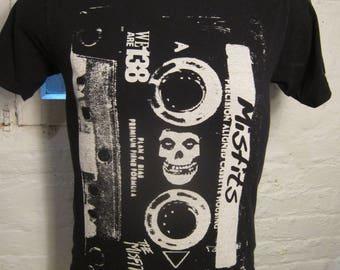Size M- (40) ** Misfits Shirt (Single Sided)