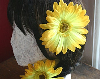Yellow Daisy Hair Clip Fascinator - Single - Wedding, Bohemian, Pin Up, ATS, Tribal Fusion, Belly Dance, Fairy, Hair Garden