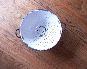 Vintage White Enamel Colander // Farmhouse Display