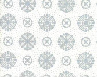 United Notions - Moda-Bonnie and Camille- Vintage Holiday-55166 18M- CT122141-100% Quality Cotton by the Yard or Yardage