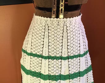 Vintage Crocheted Christmas Apron Green and Ivory