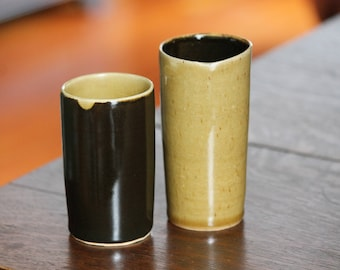 "pair of tumblers ""天目"" and ""amber celadon"""