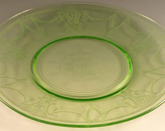"""Cameo Ballerina Green Depression Glass Lunch Plate Small Medallion 8 1/4"""" Dancing Girl Hocking Glassware Excellent Condition"""