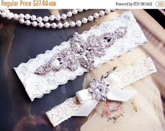 ON SALE Wedding Garter Set, Bridal Garter Set, Vintage Wedding, White Lace Garter, Crystal Garter Set, Victoria Style