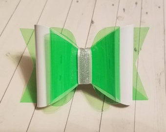 Green Beauty Bow