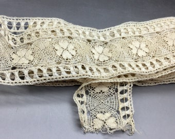 Antique Off White Bobbin Lace