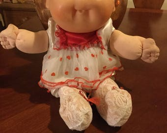 Cabbage Patch doll. First edition 1988.