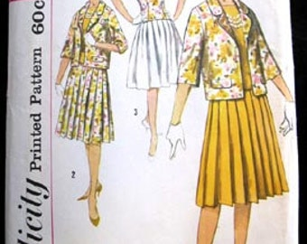 Simplicity Sewing Pattern ( 3369 ) Junior and Misses Blouse Skirt and Jacket Size 12 Vintage 1960s