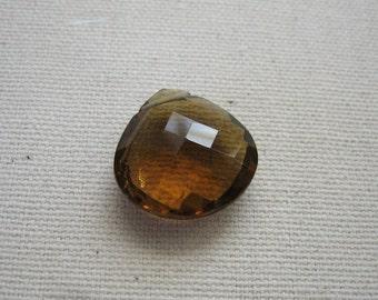 Große Cognac Quarz Perle facettiert Herz 17.25x17.25mm - Schwerpunkt-Edelstein-Anhänger