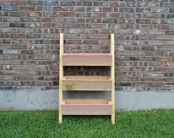 Cedar Ladder Planter / Garden Box