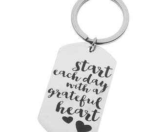 Inspirational Keyring Start Each Day With a Grateful Heart Encouragement Dog Tag Keychain, Motivational Key Ring