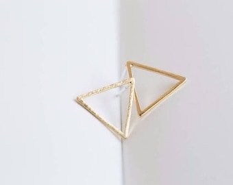 Geometric Triangle Silver Stud Earrings, Simple Triangle Earrings, Gold triangle studs, Rose gold Triangle stud earrings