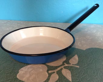 "8"" duck egg blue and white enamel saute / paella / omelette pan with black rim and handle. Lovely condition. Made in Poland."
