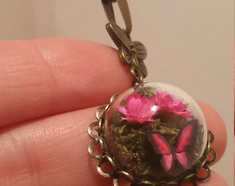 Butterfly Necklace, Glass Dome Mini Terrarium with Flowers, Moss and Butterfly Necklace, Pink
