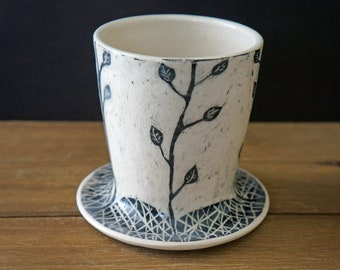 Black and White Ceramic Coffee Pour Over Cone - Sgraffito Coffee Pour Over Brewer - Modern Pour Over Dripper Cone - Mother's Day Gift