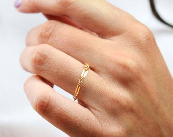 Gold Chain Ring | free shipping, minimalist ring gold, gold filled chain ring, delicate ring gold, stacking rings, stacking ring gold, ring