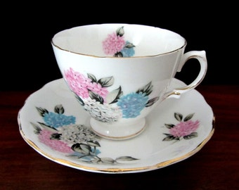 Royal Vale Bone China Hydrangea Teacup And Saucer Set. Made In England