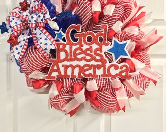 Patriotic wreath, Memorial Day wreath, Fourth of July wreath, front door wreath, patriotic decoration, summer wreath, God Bless America