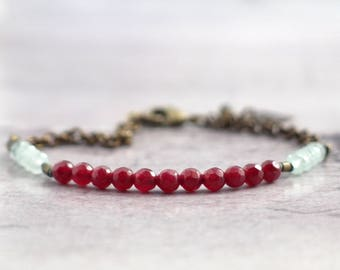 Ruby red jade bracelet with stones and chain, Dainty bead jewelry, Handmade gift for someone special, Mothers day present for mom