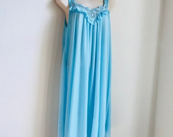 Sinderlla Vintage Nightgown Baby Blue Size Large