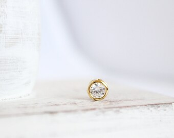 1 Piece - Round Gold Charm with Cubic Zirconia - 16k Gold Plated over Brass - 6.8mm Diameter- Small Charm - Gold CZ - Supplies / GP-021