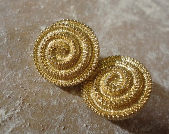 1950s Sarah Coventry Gold Circle Swirl Earrings