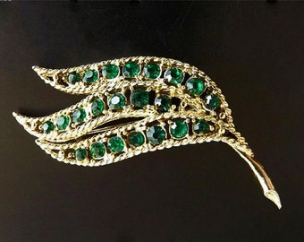 Vintage Brooch with Green Rhinestones, Costume Jewelry, Womens Jewelry Accessories, Dressy Casual Jewelry, Green Brooch, Rhinestone Brooch