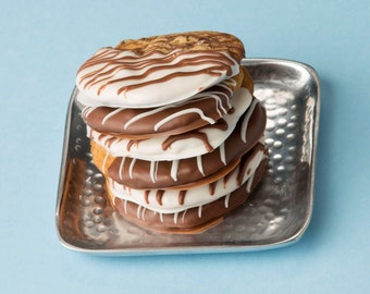 Chocolate Dipped Chocolate Chip Cookies – 1 Dozen