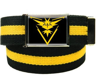 Team Instinct Flip Top Belt Buckle with Web belt