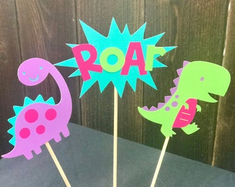 Bright girl dinosaur centerpieces, girl dinosaur party, girl dinosaur birthday, dinosaur party, hot pink, bright pink