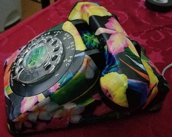 Vintage rotary dial telephone from the 60's with tropical style!