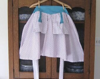 Vintage Apron with Clothespin Pockets, Half Apron
