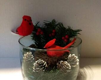 Decor vase with bird