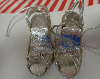 Adorable High Heels- Silver Doll Shoes Sandals Vintage Doll Shoes-Size 6