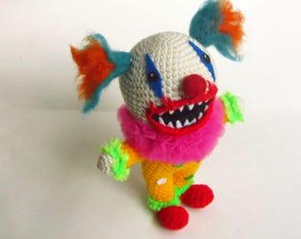 Creepy Clown Doll - Clown Horror Plushie - Crochet Evil Clown Doll - Scary Amigurumi Doll-  Creepy Cute Plushie - Creepy Doll - Toy Doll