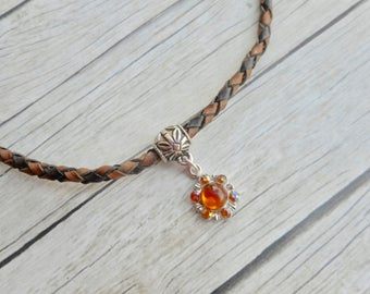 Antique brown braided leather choker necklace golden brown resin and rhinestones charm pendant Ladies jewelery handmade jewelry fashion