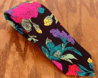 """vtg Doneagle LOUD Colorful Day Glo Floral Pattern Skinny Rayon Tie 49"""" 2.25"""""""