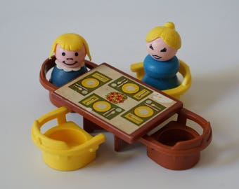 Fisher Price Kitchen Table and Chairs