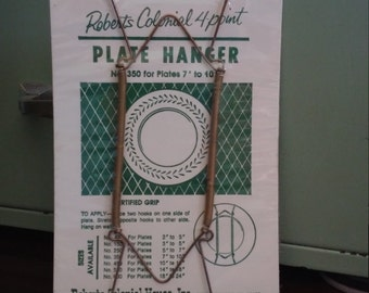 """Vintage Plate Hanger, Plate Size  7"""" to 10"""", Robert's Colonial, Mid Century Decor, New in Package"""