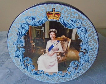1977 silver jubilee toffee tin
