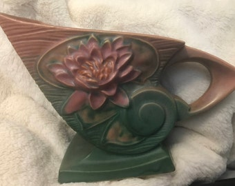 Roseville Waterlily pattern Mauve and Green  176-6